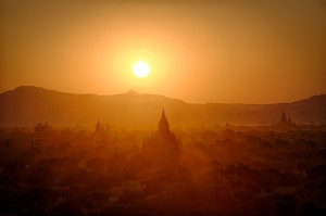 bagan temple sunset